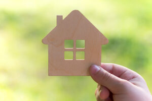 Should I Sell to a Cash Home Buying Company?